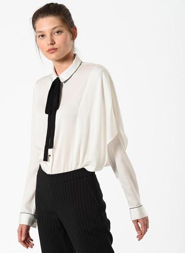 Özlem Kaya Gömlek Beyaz